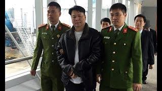 Bắt 2 Việt kiều Mỹ vừa nhập cảnh Việt Nam theo lệnh Interpol