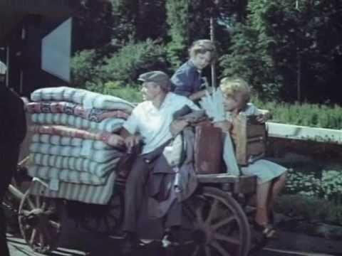 Почти смешная история (1977) смотреть онлайн бесплатно на