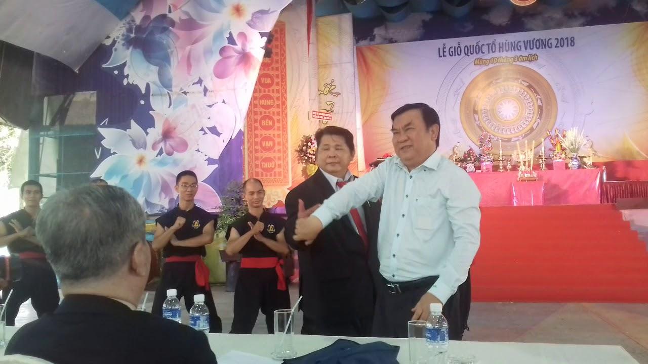 Võ sư Huỳnh Tuấn Kiệt  môn phái Nam Huỳnh Đạo (cựu SV UTC2) trổ tài võ truyền điện   2018.04.24