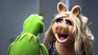 THE MUPPETS Featurette HD (2015) ABC Kermit Miss Piggy