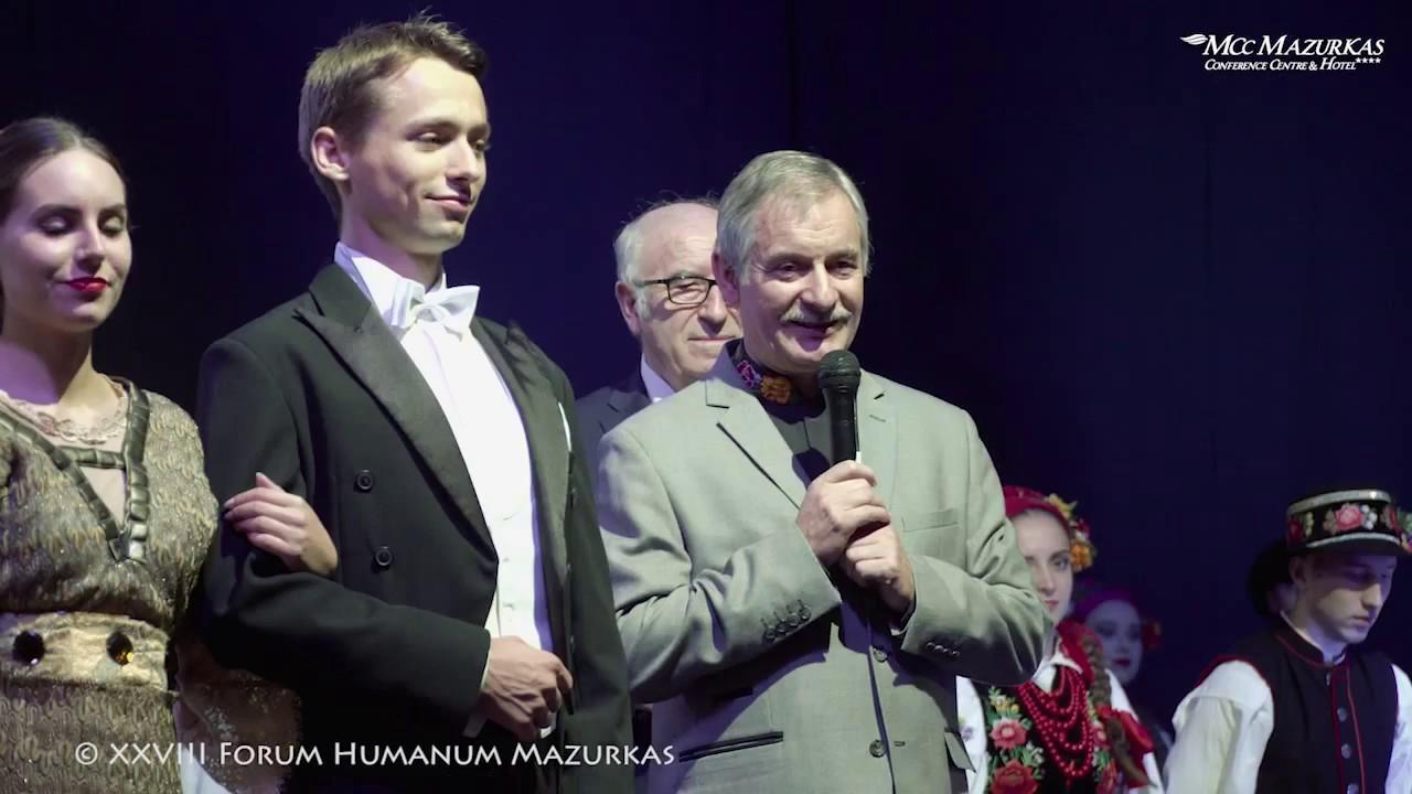 XXVIII FHMazurkas-choreograf i kierownik  Zespołu PW Janusz Chojecki prezentuje artystów