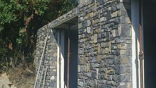 Bina uzerine tas kaplama (muri in pietra)tas duvar sanati