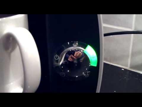 Tassimo Coffee Maker Demo : Tassimo Bosch TAS4011 GB Demo - YouTube