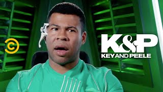 This Superhero Squad Has a Discrimination Problem (feat. Brenda Song & Rob Huebel) - Key & Peele