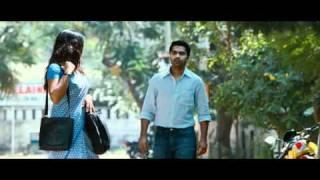 Vinnaithaandi Varuvaaya-awesum scene