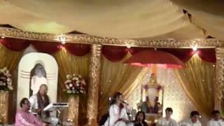 Video 1 of 5 (Camera) Alka Yagnik Sings - O Paalanhaare from the film Lagaan