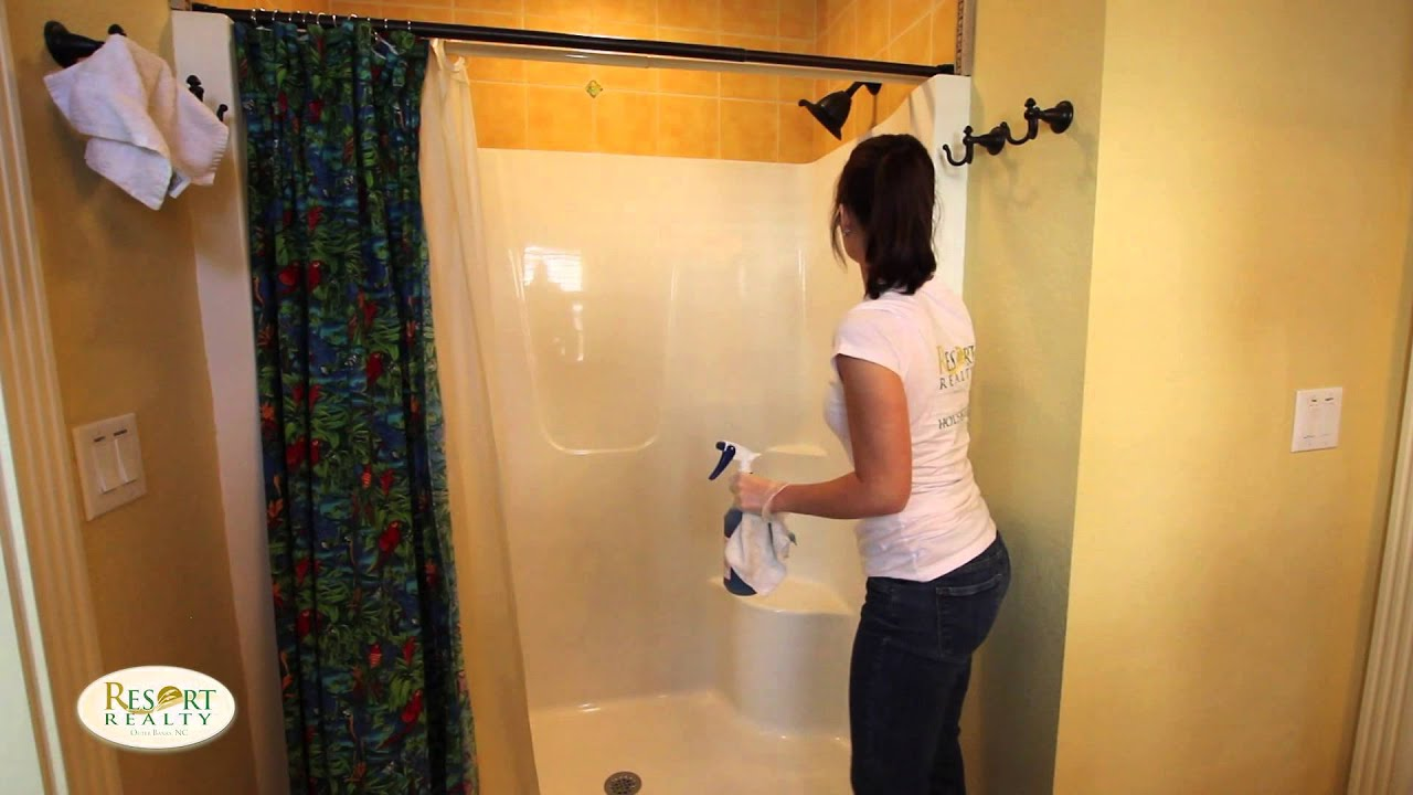 Housekeeping Training Bathroom Youtube