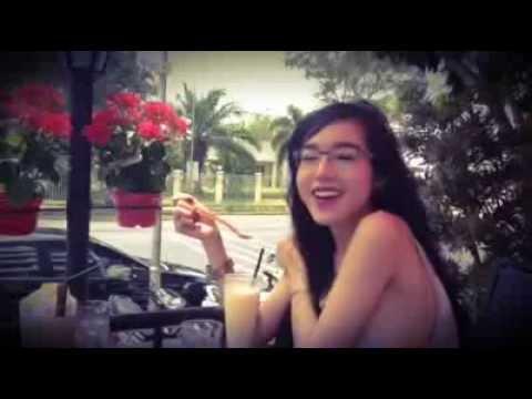 Elly Trần lại gây sốc bằng clip không mặc nội y ăn sáng