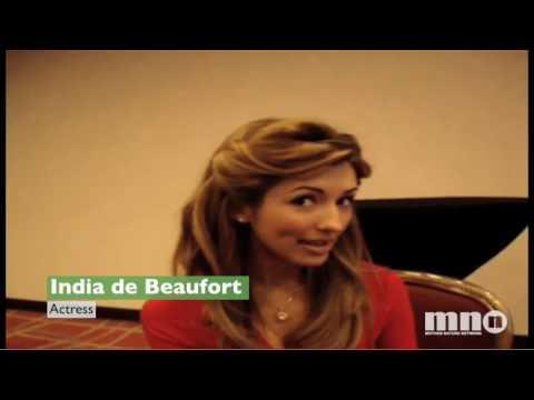 Nia Peeples and India de Beaufort