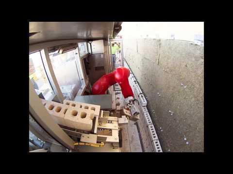 El robot‑albañil que triplica la velocidad de un albañil humano (aunque con ayuda)