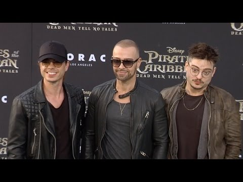 Joey Lawrence with Brothers