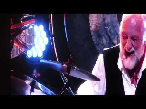 Mick Fleetwood Drum Solo - Fleetwood Mac - Dublin 20th Sept