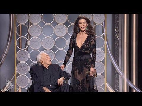 Download Kirk Douglas gets standing ovation at Golden Globes 2018