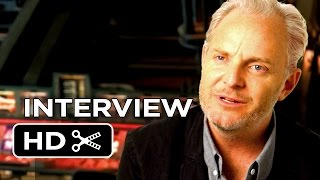The Hunger Games: Mockingjay - Part 1 - Francis Lawrence Interview (2014) - THG Movie HD