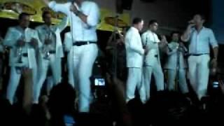 La Suata - La Arrolladora Banda El Limon @ El Potrero Night Cclub 11 28 08