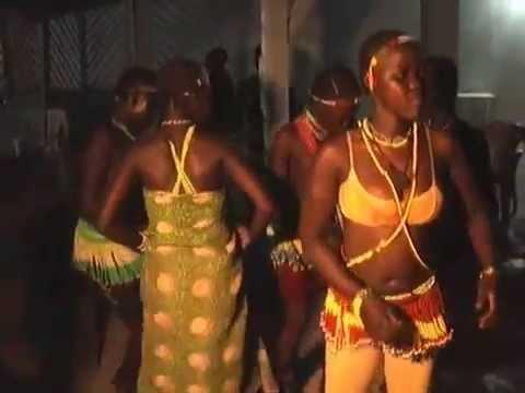 Download 1ere édition soirée traditionnelle mboum