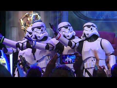 """Stormtroopers sing """"Let It Go"""" from Frozen in song medley at Star Wars Weekends 2014"""