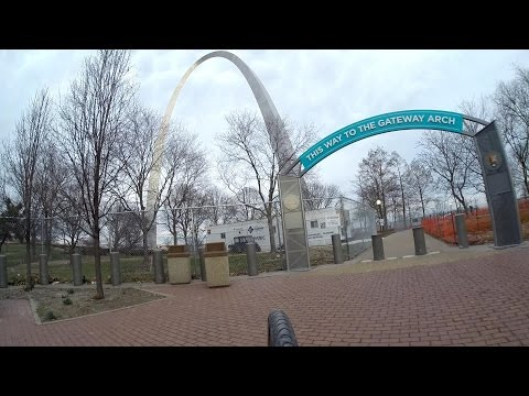 St. Louis Arch And City Garden Downtown Cycling Bike Blogger