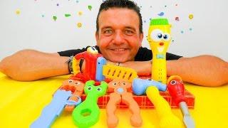 Vídeo para niños en la ¡Caja Mágica! Las herramientas de colores thumbnail