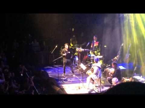 "Adam Sandler and lead singer of Train, Patrick Monahan sing ""Dream On"""
