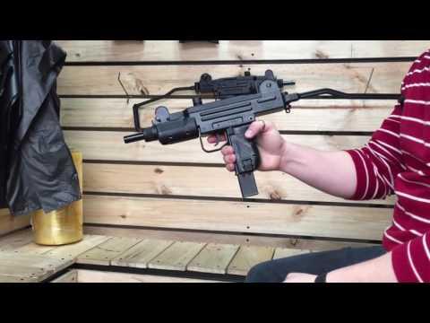 SUBMACHINE GUN CO2 (mini uzi) shooting