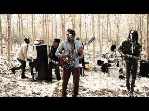 Raging Fyah -  Nah Look Back | Official Music Video