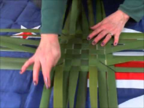 ASMR New Zealand Flax Weaving (with Native Bird Song)