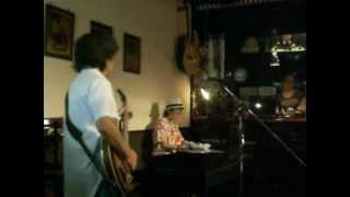 2009年8月21日 野毛・宮川町「Sam'sBar」 池内光子ソロライブ 池内光子/Piano、 ゲスト:KONDY/Bass Emerson Lake and Palmer (ELP) の『Nutrocker』(くるみ割...
