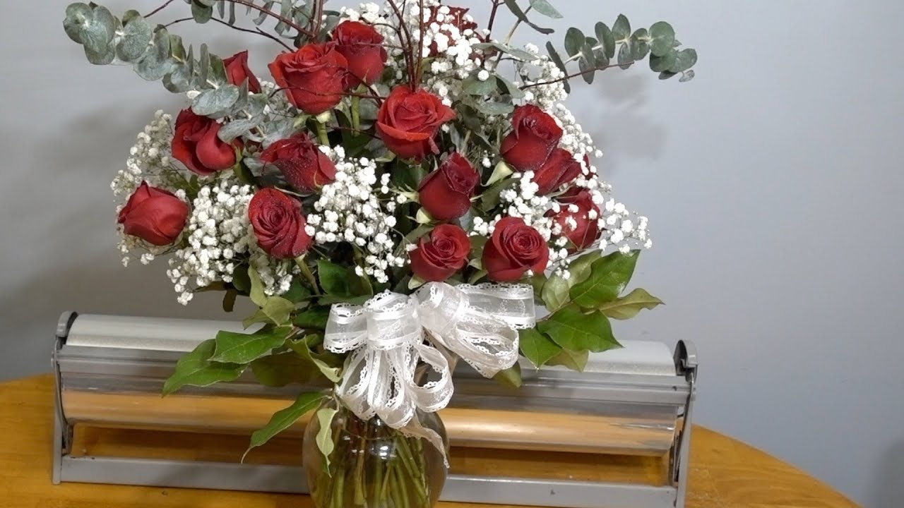 Arranging two dozen roses in a vase youtube arranging two dozen roses in a vase reviewsmspy