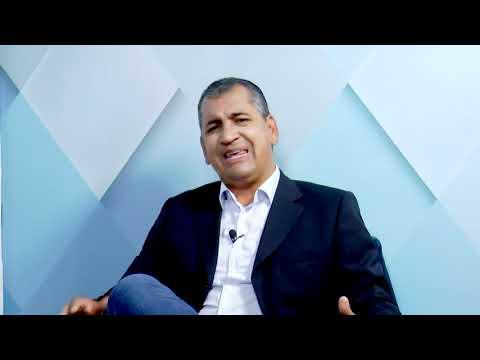 Prefeito Márcio Mariano e secretários. Tema: 30 Anos Muquém do São Francisco - Bloco 01