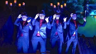 Cadaver Dans sing Haunted Mansion Grim Grinning Ghosts at Disneyland