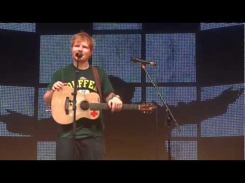 Hearts On Fire - Ed Sheeran And Passenger [Live In Melbourne, Australia]
