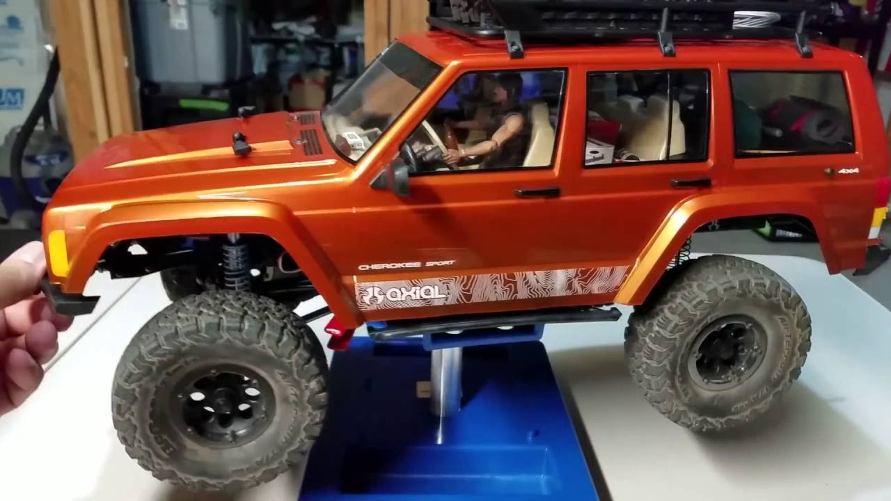 axial scx10 2 scale interior lights and driver daryl from the walking dead steering vehicle. Black Bedroom Furniture Sets. Home Design Ideas