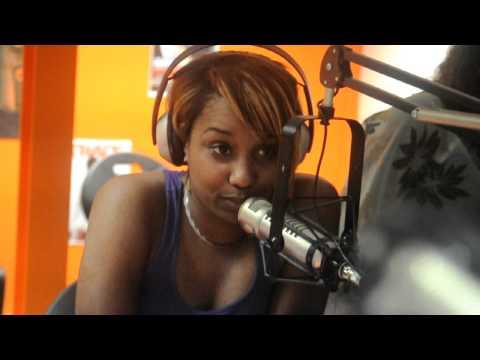 Fanny J parle de son enfance à Trace FM