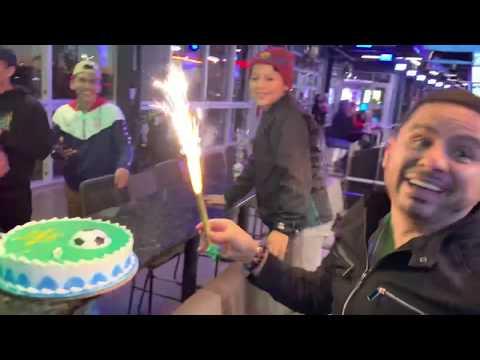 Festejando 16 Años A Larry-VLOG