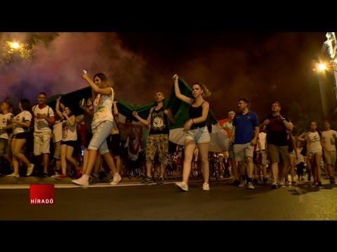 Több ezren ünnepeltek Budapest belvárosában