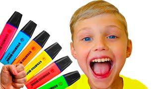 Dolguniki finge jugar con su Magic Pen - El niño preescolar aprende color