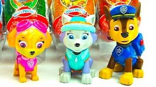 Сюрпризи та іграшки з героями мультика