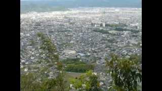 岩剣城に登る