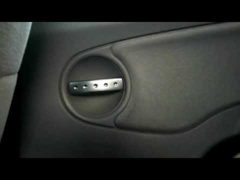 Buzzing Door Locks on a Citroen C3 - YouTube