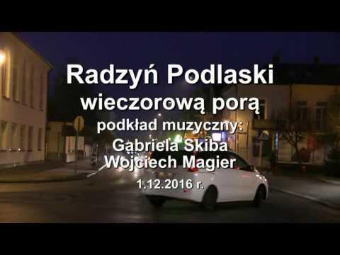 1.12.2016 r. Radzyń Podlaski wieczorową porą.