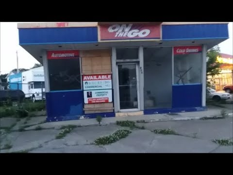 Abandoned Clark Gas Station | Lancaster, Ohio