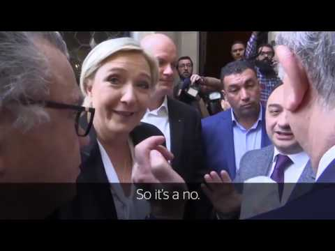 Marine Le Pen walks out of meeting with Lebanon's Grand Mufti after refusing to wear headscarf