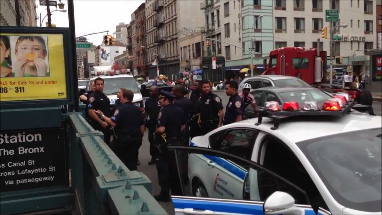 Nypd Police Action Scene On Canal Street With New 2013