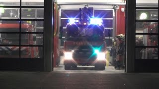 P1, Brandweer Dokkum [HW 02-4250] naar schoorsteenbrand Tsjerkepaed Wânswert