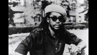 Clapton sings Peter Tosh  - Till Your Well Runs Dry
