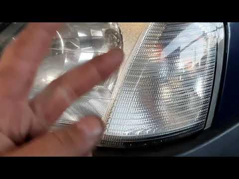 видео#10 |Хотел заменить лампочку, а пришлось снимать фару...Бывает и такое...