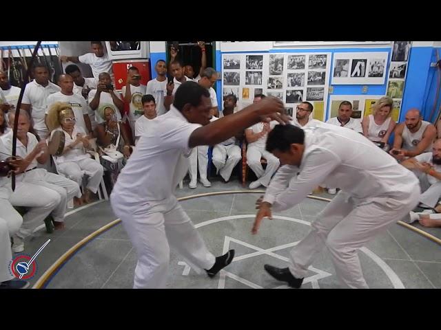 Amazonas / Mestre Bozó & Mestre Careca / Associação de Capoeira Mestre Bimba