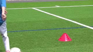 Fussballtraining: Fintenzickzack - Finten - Technik