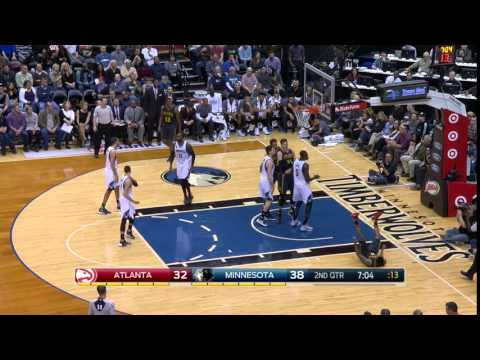 Jeff Teague killer crossover vs. Wolves